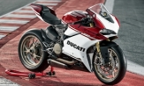 Ducati vow to keep V-twin in their sportsbike line-up until 2020